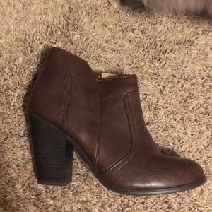 Merona brown booties size 8.5